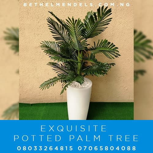 Artificial Potted Palm Tree For Outdoor and Indoor Decoration