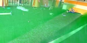 Read more about the article Interior Decor With Artificial grass